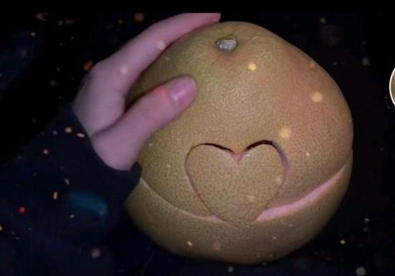 秋天的第一个柚子是什么梗 抖音秋天的第一个柚子图片文案教程[多图]