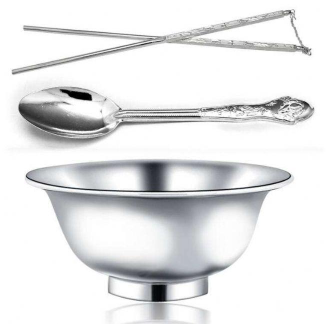 抖音碗上放筷子和三个勺子是什么意思 碗上放筷子和三个勺子的内涵图片分享[多图]